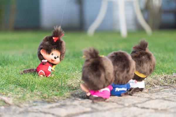 Monchhichi-doll-big-head-field-athlete-girl-262557b