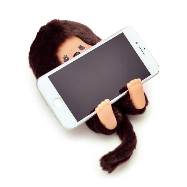 Accessory-Monchhichi-smartphone-holder-233939
